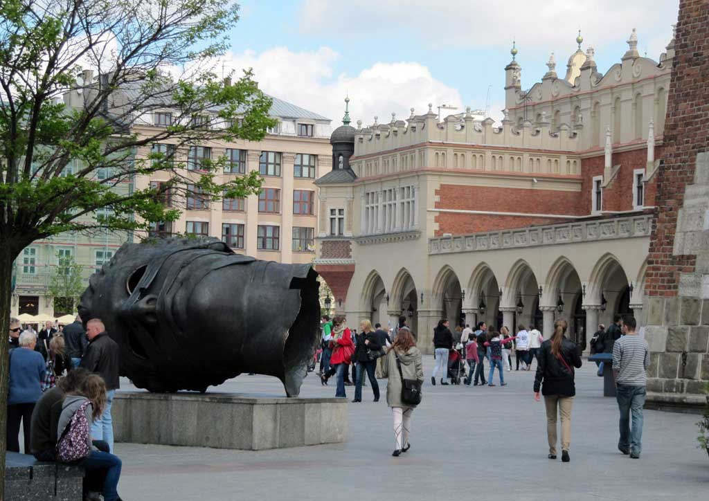 Cracovia e la scultura dell'Eros Bendato